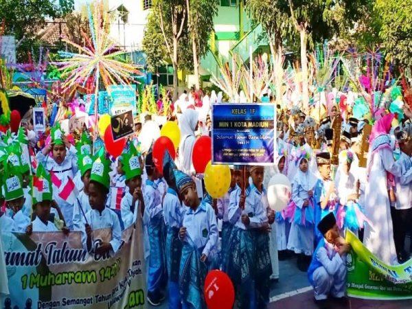 Kegiatan Pawai Ta'aruf Menyambut Tahun Baru Islam 1441 H
