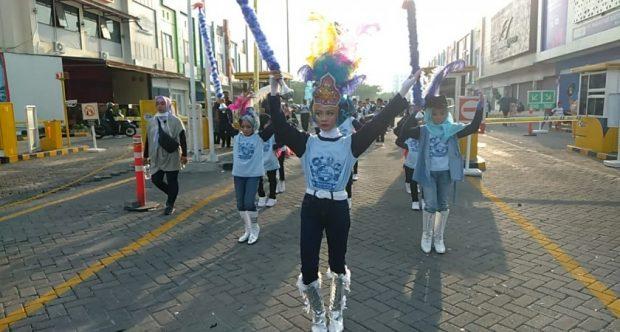 Gita Prima Drumband MIN 1 Kota Madiun Ikut Memeriahkan Gebyar Difabel Madiun