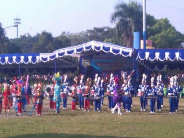 Tampil Memukau, Gita Prima Marching Band MIN Demangan Sebagai Pembuka Peringatan HAN Kota Madiun