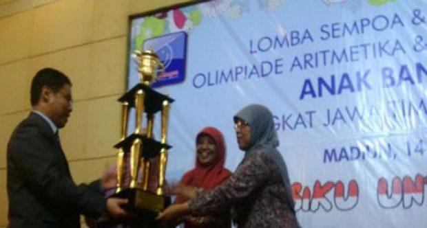 MIN Demangan Sabet Juara Umum Olimpiade Aritmetika Tingkat Jawa Timur dan Jawa Tengah Tahun 2016