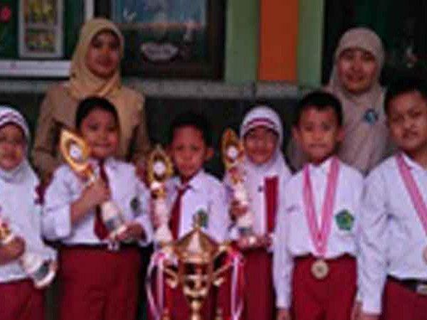 Piala Bergilir Anak Bangsa MIN Demangan Kota Madiun
