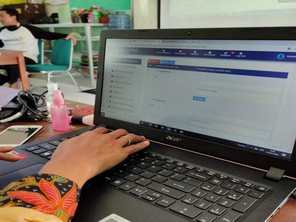 Menuju Pembelajaran di Masa Pandemi, MIN 1 Kota Madiun Getol Mempersiapkan Sistem Pembelajaran E-Learning