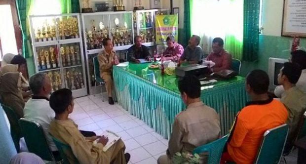 Pembinaan Adiwiyata oleh Kantor Lingkungan Hidup (KLH)