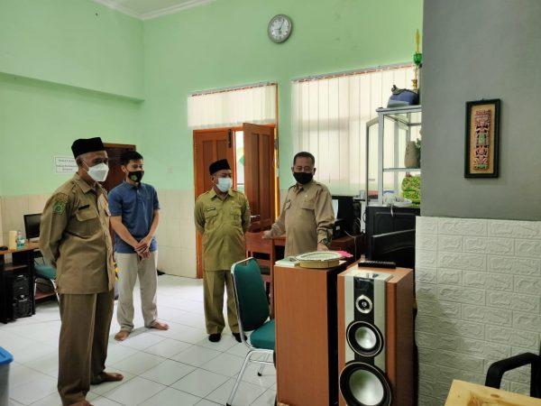 Kunjungan Kakan Kemenag Kota Madiun ke MIN 1 Kota Madiun Jelang Persiapan Kegiatan Ramadhan
